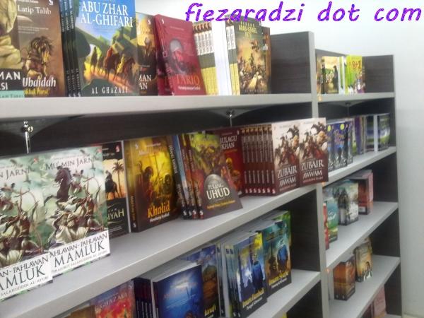 Speechless Friday#2 – Kedai Buku